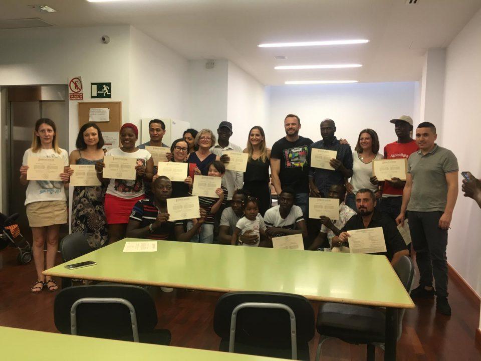 El Ayuntamiento de Orihuela clausura la Escuela de Acogida 6
