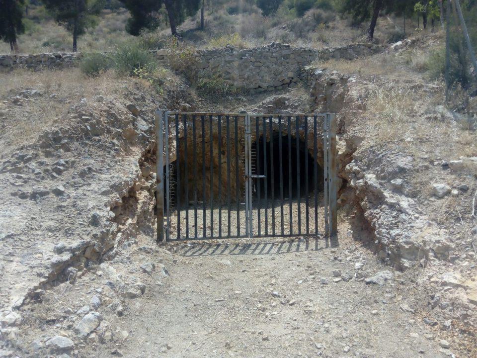 La Mina de San Antón vuelve a estar cerrada 6