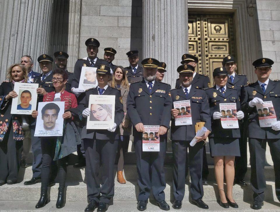 En el Día de las Personas Desaparecidas no nos olvidamos de Henry Jiménez 6