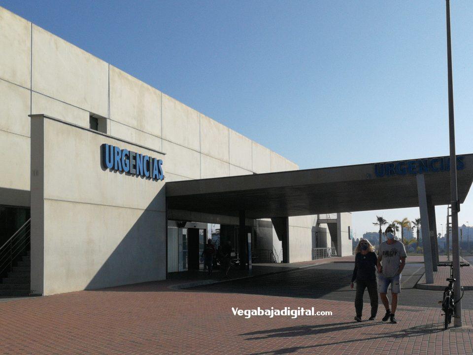 El Hospital de Torrevieja reduce de nuevo el acompañamiento de pacientes 6
