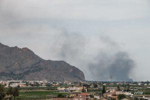 Incendio en una casa de campo en Catral 7