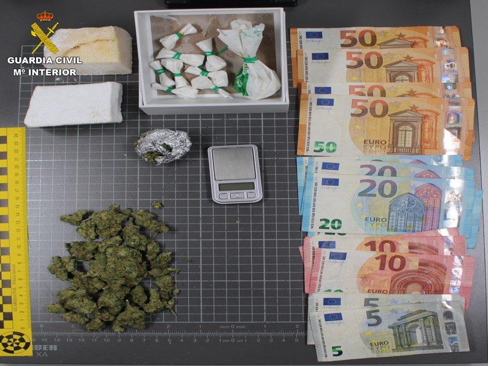 Detenida una policía local de Torrevieja por venta de droga 6