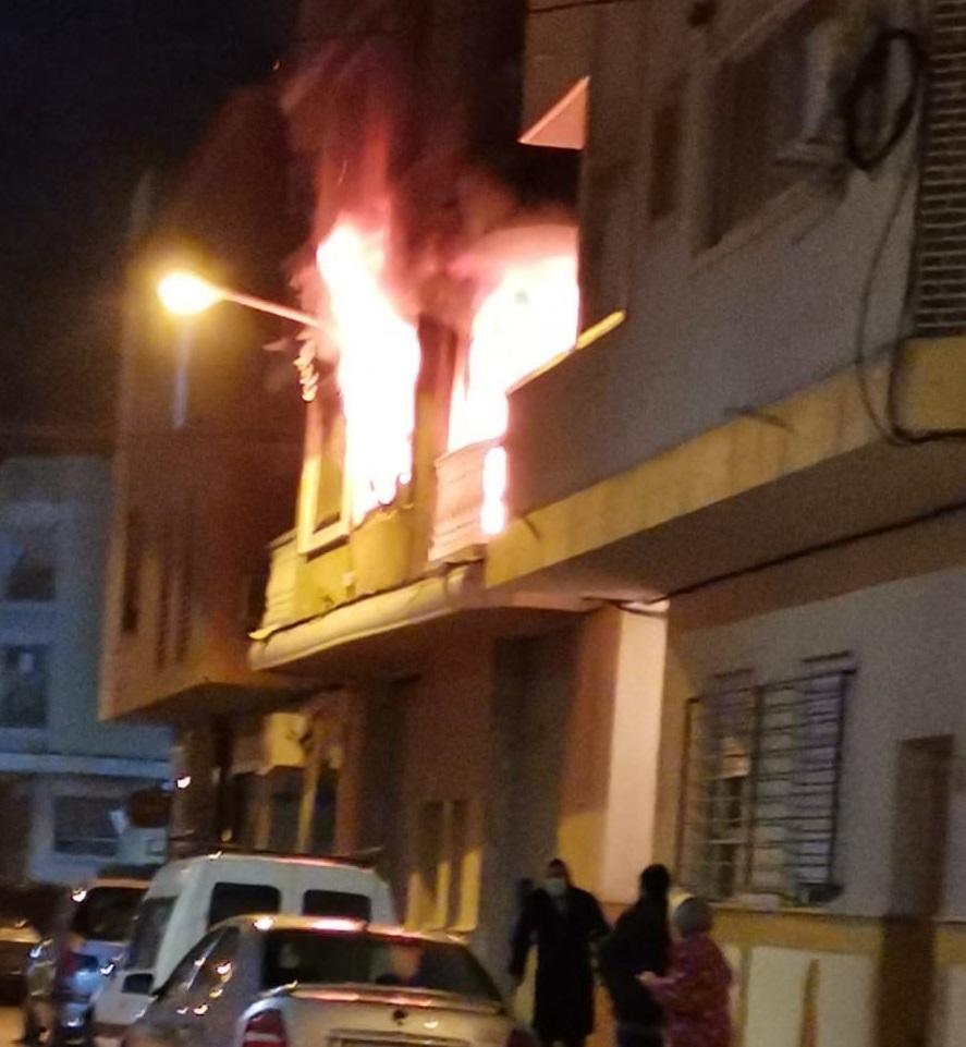 Un hombre fallece en un incendio en Dolores y una mujer sufre quemaduras 6
