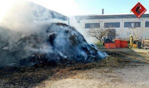 Un incendio afecta a varios vehículos en Callosa de Segura 7