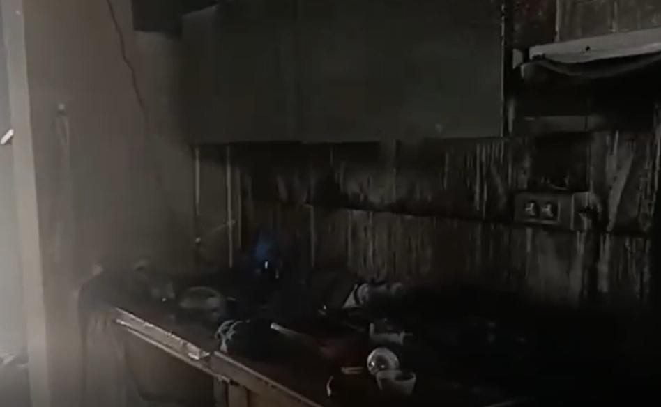 Una familia lo pierde todo tras el incendio de su casa en Catral 6