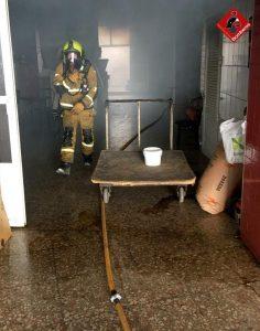 Un incendio calcina una panadería de Almoradí 10