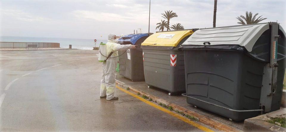 Limpieza Viaria en Orihuela Costa refuerza su plantilla para las labores de desinfección 6