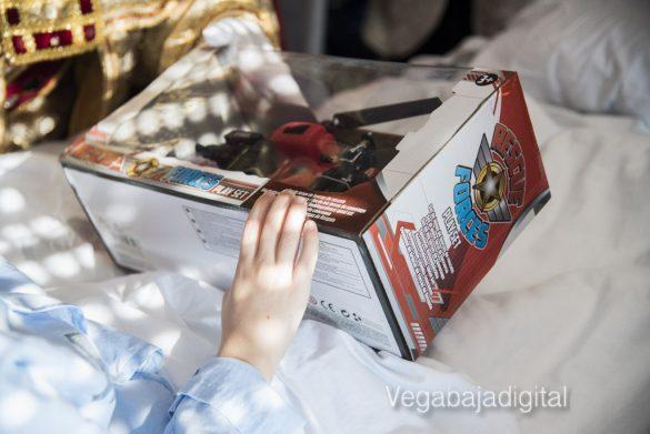 Los Reyes Magos visitan a los niños en el Hospital 24
