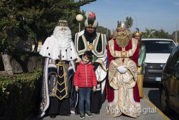 Los Reyes Magos visitan a los niños en el Hospital 7