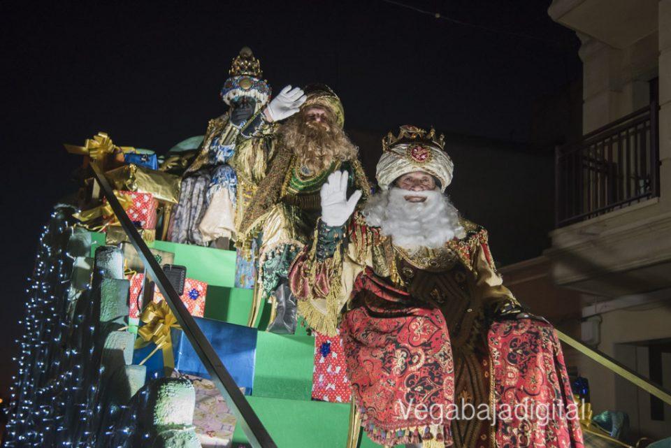 Los Reyes Magos llenan de ilusión Benejúzar 6