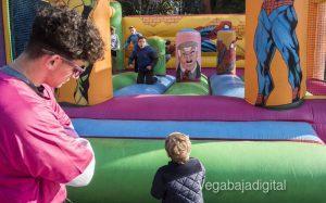 Los niños se adelantan a las campanadas en Orihuela 13