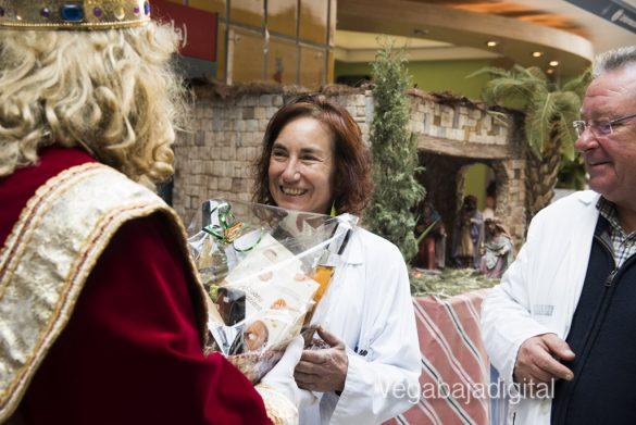 Los Reyes Magos visitan a los niños en el Hospital 14
