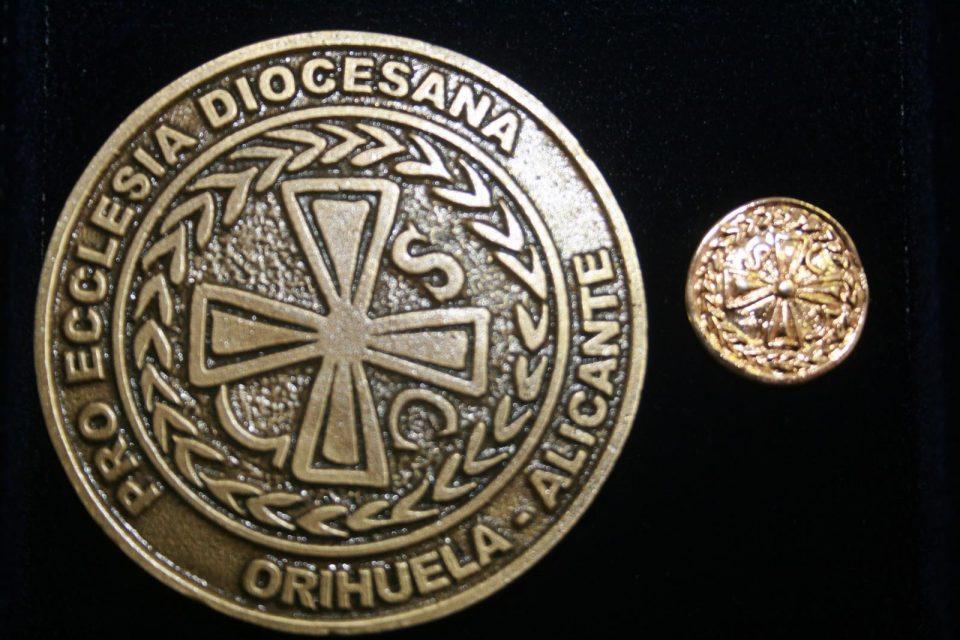 El Obispado reconoce el servicio pastoral de tres personas de la Vega Baja 6