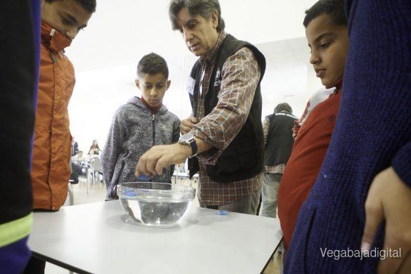 Los niños y niñas de Granja aprenden y se divierten con el MUDIC 15