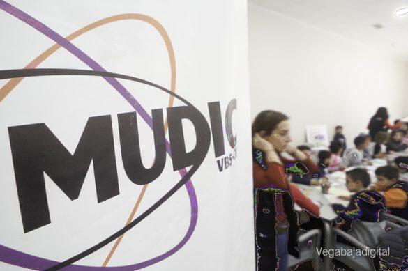Los niños y niñas de Granja aprenden y se divierten con el MUDIC 30