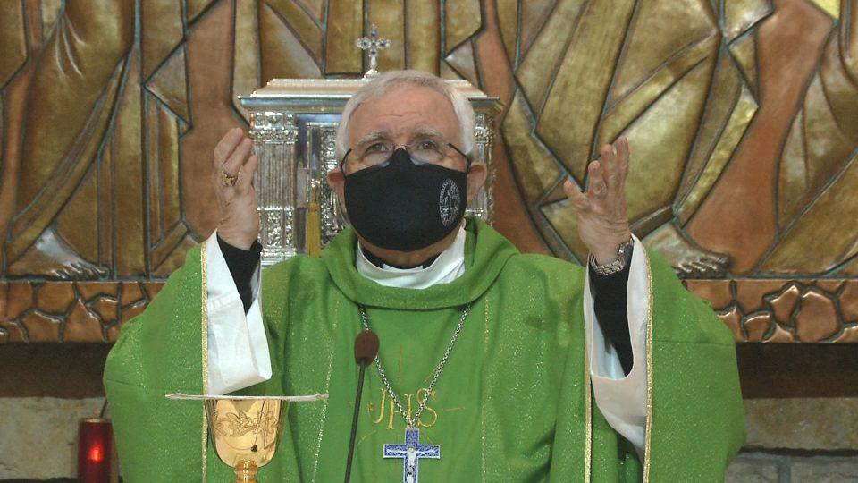 El obispo de la Diócesis Orihuela-Alicante también se ha vacunado contra la COVID19 6