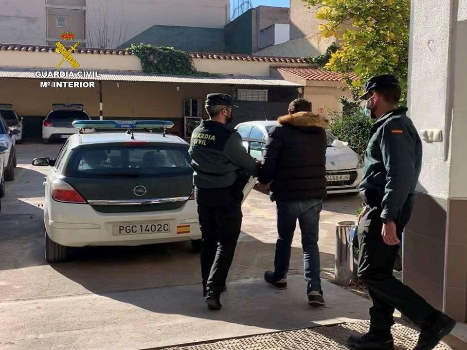 Dos detenidos por el robo en un domicilio vacío en Callosa por la defunción del propietario 6