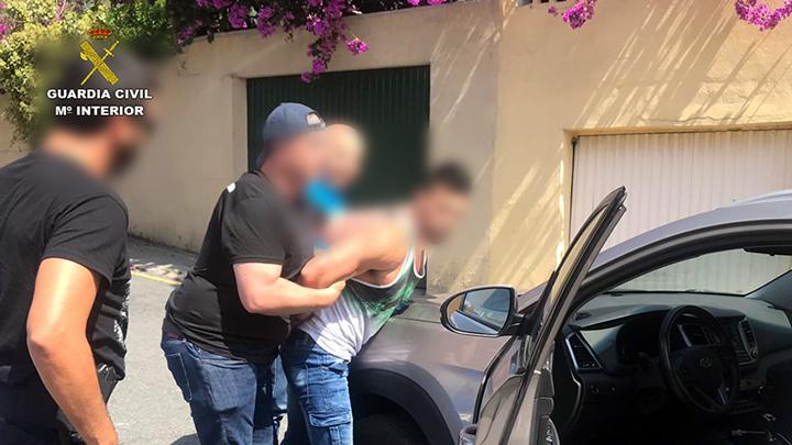 Detenido en La Coruña el supuesto asesino del belga que apareció muerto en Torremendo 6