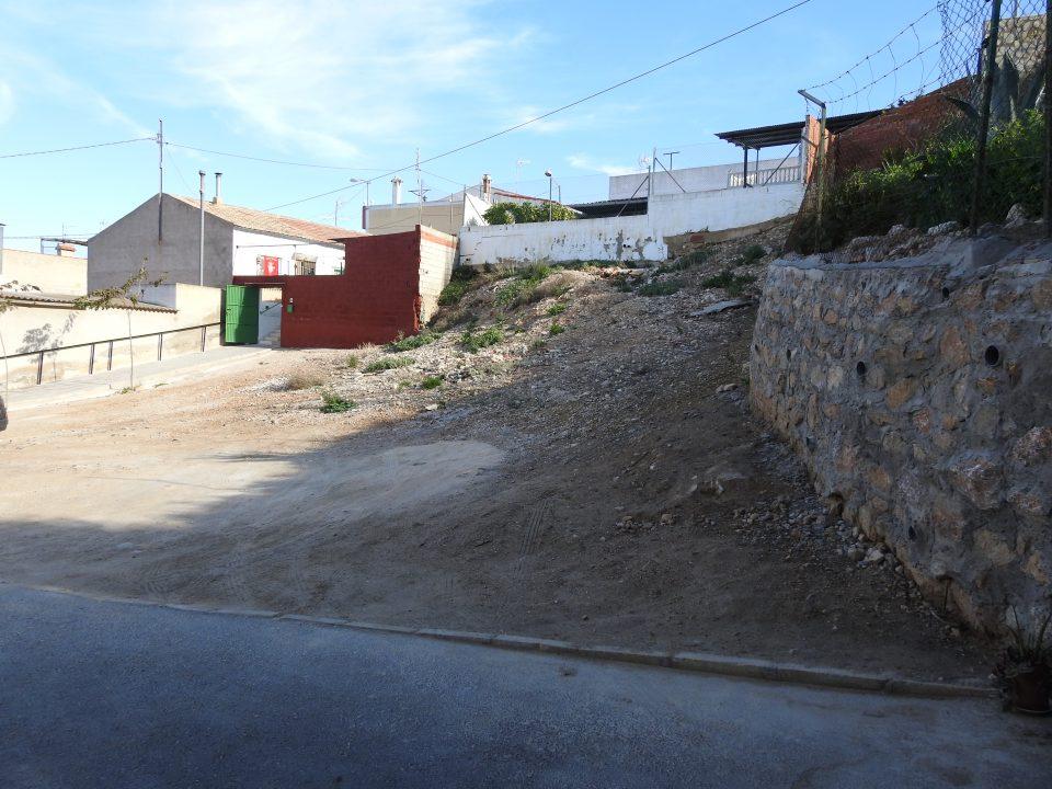 El PSOE exige explicaciones por una parcela expropiada en Arneva cuyo uso se desconoce 6