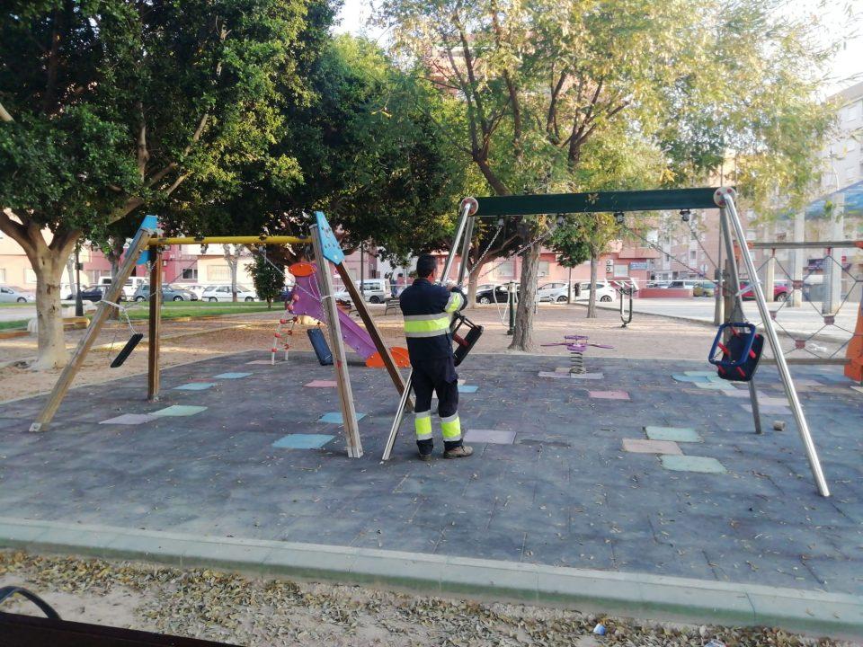 Orihuela mantendrá los parques infantiles cerrados 6