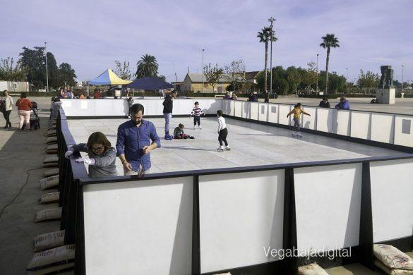 Diversión sobre hielo en Pilar de la Horadada 46
