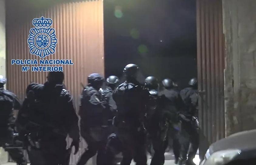 Desarticulado en Almoradí un laboratorio clandestino con capacidad para producir 600 kg de cocaína al mes 6