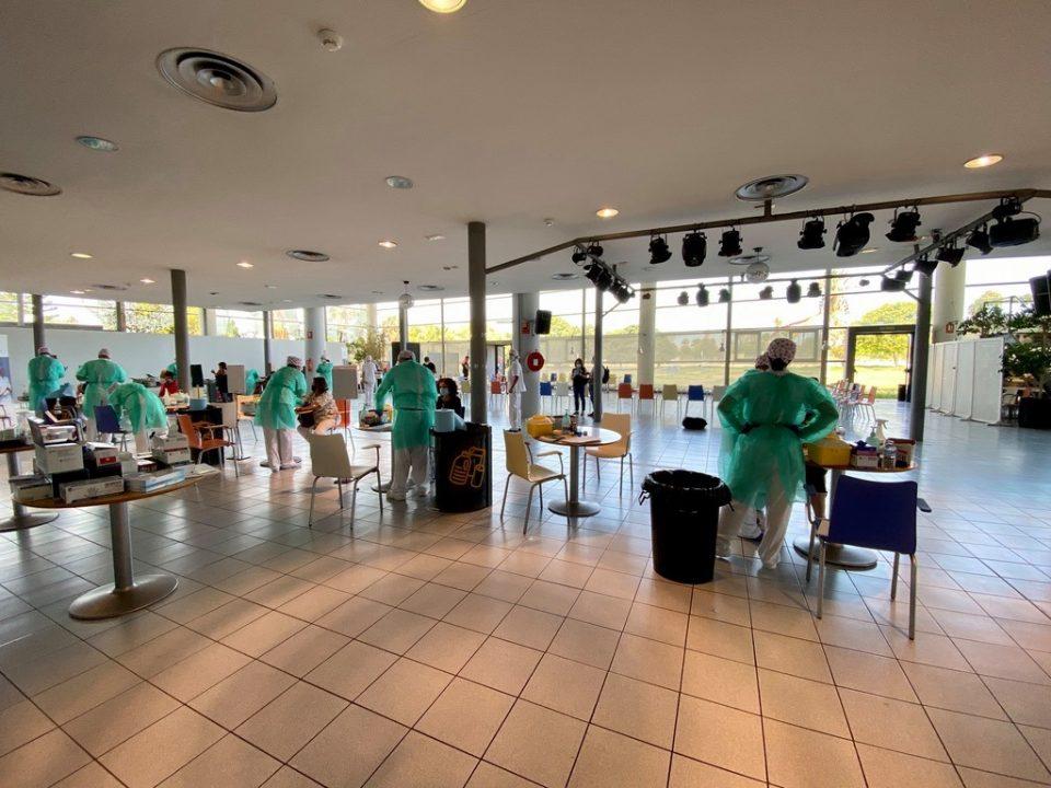 Dolón ofrece a Puig las instalaciones municipales para una vacunación masiva en Torrevieja 6