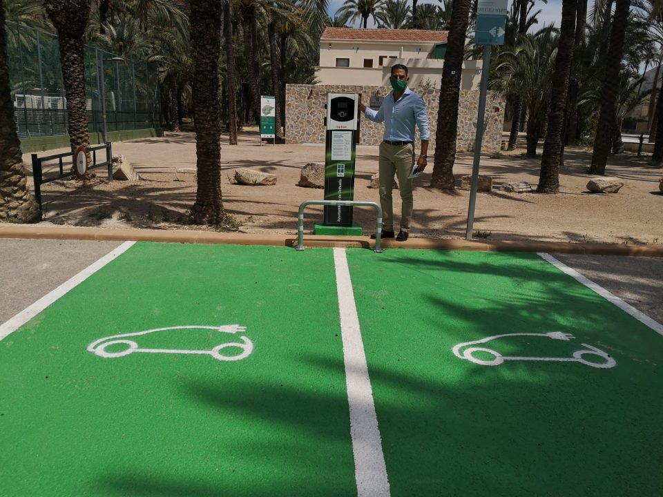 Orihuela contará con cuatro nuevos puntos de recarga para vehículos eléctricos 6