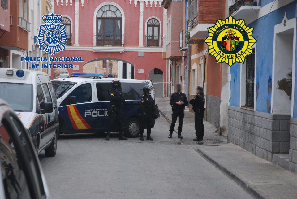 La operación antidroga de la C/Arriba de Orihuela se saldó con 20 detenidos 6