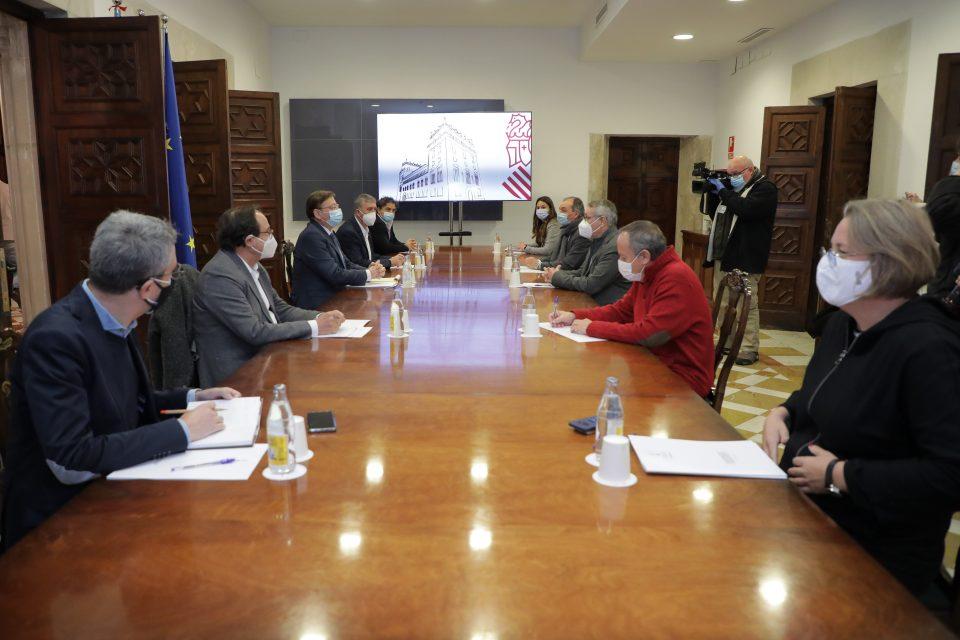 La Generalitat lanzará un paquete de ayudas para los sectores más afectados por la crisis sanitaria 6