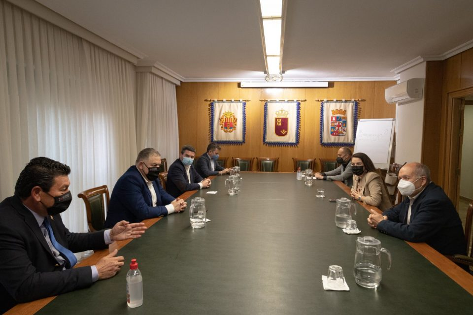 La Comunitat, Murcia y Andalucía firman una petición para paralizar el cambio de las reglas de explotación del Trasvase 6