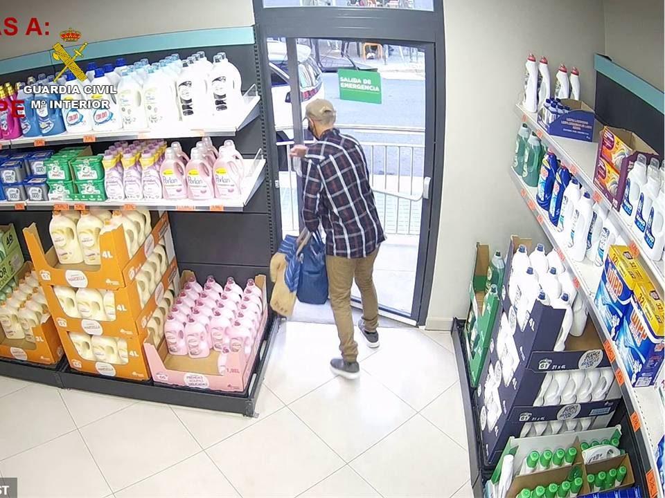Un ladrón de productos gourmet ingresa en prisión tras varios hurtos en supermercados 6