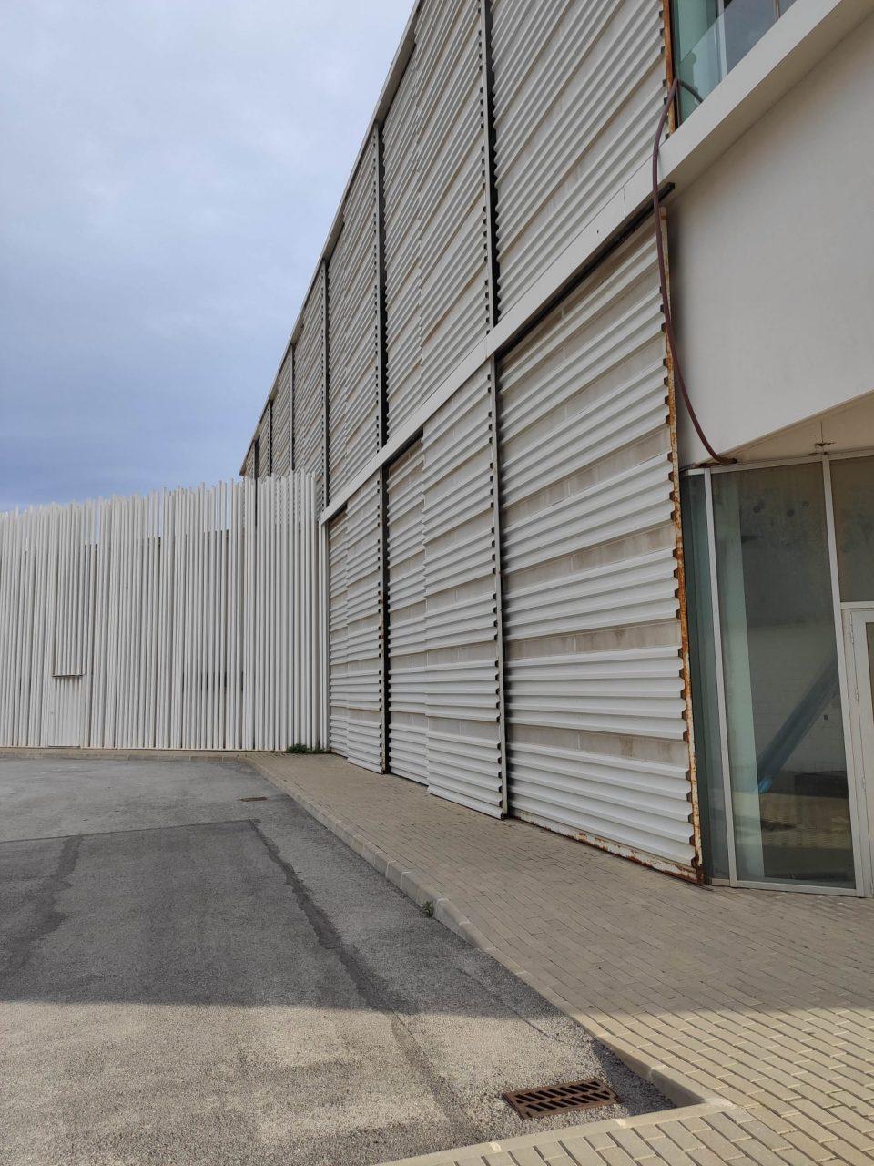 Sueña Torrevieja insta al gobierno a finalizar las obras del 'Pabellón Blanco' tras diez años 6