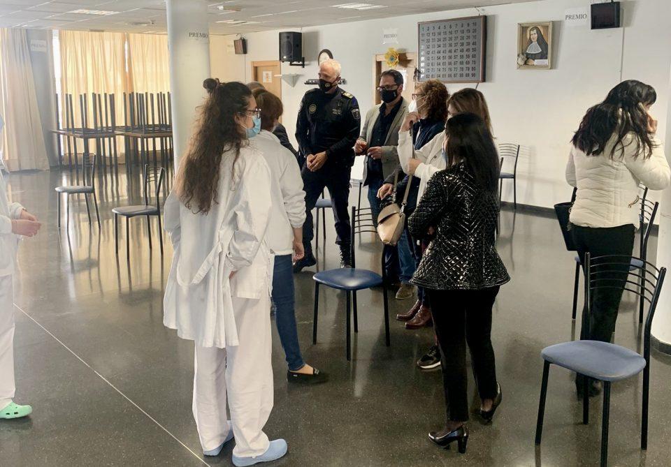 El Ayuntamiento de Dolores habilita el Centro Multicultural para la vacunación masiva contra la COVID19 6