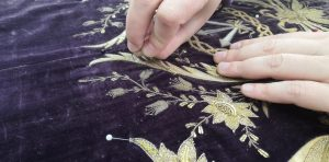 El taller del Museo de Arte Sacro de Orihuela restaura la túnica de Ntro. Padre Jesús de Cocentaina 7