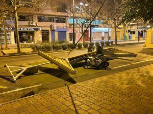 El viento causa varios daños materiales en Orihuela 10