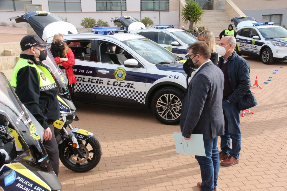 El Ayuntamiento de Rojales dota a la Policía Local de vehículos de última generación 6