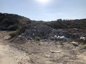 El PSOE de Orihuela denuncia la existencia de un vertedero ilegal en Hurchillo 8