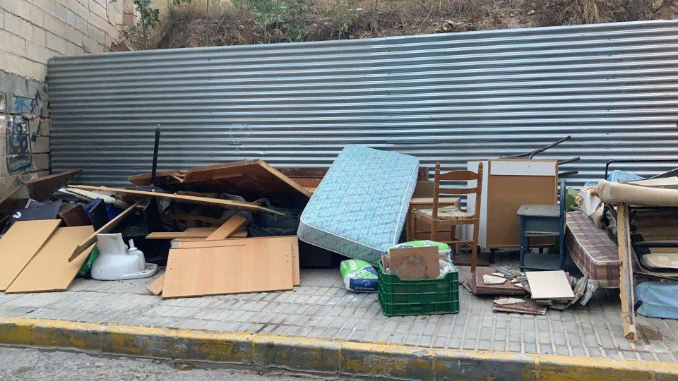 Limpieza Viaria comunica cerca de 800 incidencias a la Policía Local por vertidos incontrolados 6