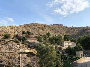 Un taller de empleo rehabilitará la calzada árabe del Castillo de Orihuela 8