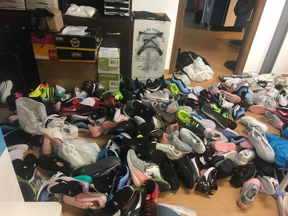 Incautados 800 productos falsificados en Torrevieja 6